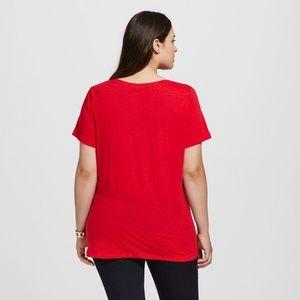 7557d19e8b8 Ava   Viv Tops - NWT Plus Size Core V-Neck T-Shirt -